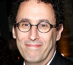 Tony Kushner's Intelligent Homosexual's Guide Delays Previews by One Day