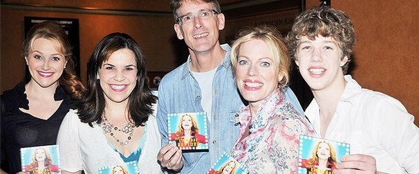 Autographs, Please! Everyday Rapture's Sherie Rene Scott Puts Her Mark on the Show's Original Cast Album