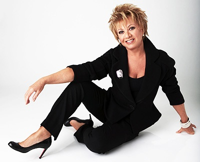 Elaine Paige Arrives in NYC to Record CD with Producer Phil Ramone