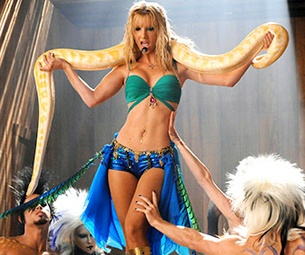 Hey Britney, Glee Fans Are 'Slaves 4 U'