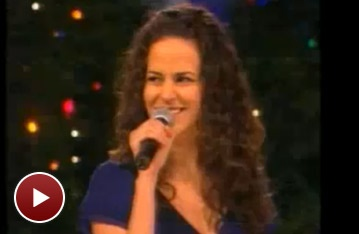 Wicked's Mandy Gonzalez and Heights' Christopher Jackson Welcome 'Santa Claus' to Bryant Park