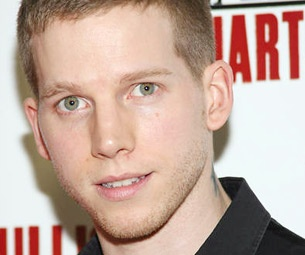 American Idiot Soldier Stark Sands Salutes His Very Romantic Year