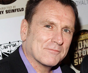 Long Story Short's Colin Quinn Resolves to Give Up a Private Obsession