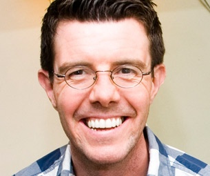 Mary Poppins' Gavin Lee Hopes to Get Out More in 2011