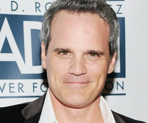 Michael Park and More Join Daniel Radcliffe in Broadways How To Succeed; Complete Casting Announced 