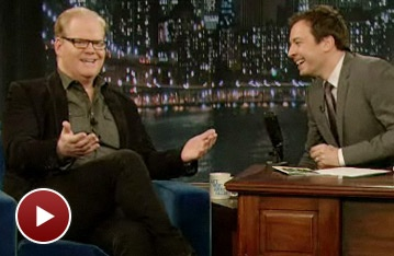 That Championship Season Star Jim Gaffigan Tells Jimmy Fallon the Secret to Keeping Up with Kiefer Sutherland