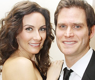 Steven Pasquale on the 'Good Dilemma' of His-and-Hers TV Pilots with Wife Laura Benanti