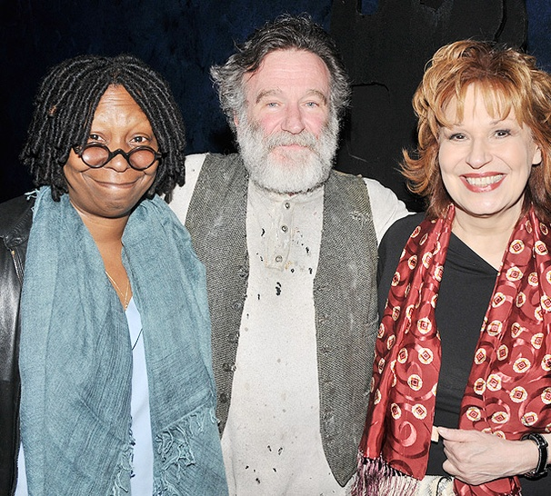 A View From the Zoo as Whoopi Goldberg and Joy Behar Visit Robin Williams at Bengal Tiger