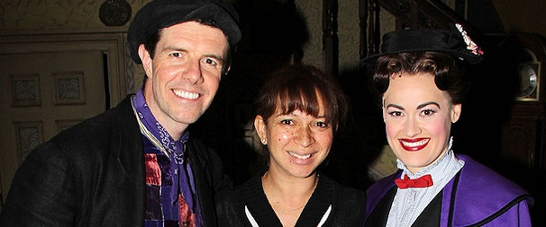 Bridesmaids Star Maya Rudolph Shows Off Her Baby Bump at Mary Poppins 
