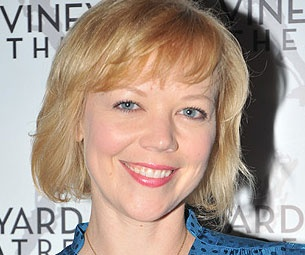 Emily Bergl to Join William H. Macy for Season Four of Showtime's Shameless