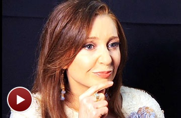 Tony Nominee Chat: The People in the Picture Star Donna Murphy is 'Wearing My Own Damn Hair!' on The Red Carpet