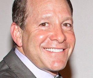 Steve Guttenberg, Marlo Thomas & More Headed to Broadway in Relatively Speaking