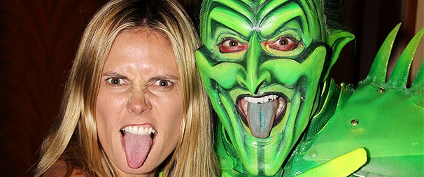 Heidi Klum Works It Backstage at Spider-Man, Turn Off the Dark