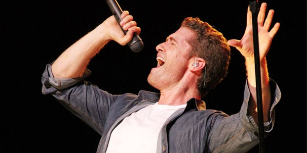 An Exclusive Post-Concert Chat with Glee's Matthew Morrison: 'It's Good to Be Home'