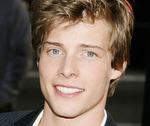 Weeds Star Hunter Parrish Will Return to Broadway as Jesus in Godspell