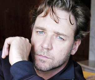 Russell Crowe Confirmed for Les Miserables Movie; Release Planned for December 2012