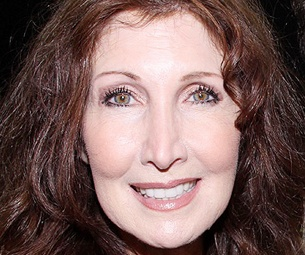 Joanna Gleason, Santino Fontana & More Take the Stage in Sons of the Prophet