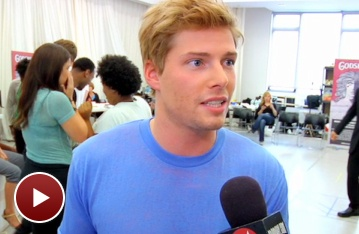 Watch Hunter Parrish and Co. Spread the Word of Godspell in Rehearsal