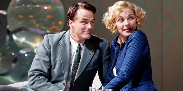 A Glamorous First Look at Kim Cattrall and Paul Gross in Private Lives