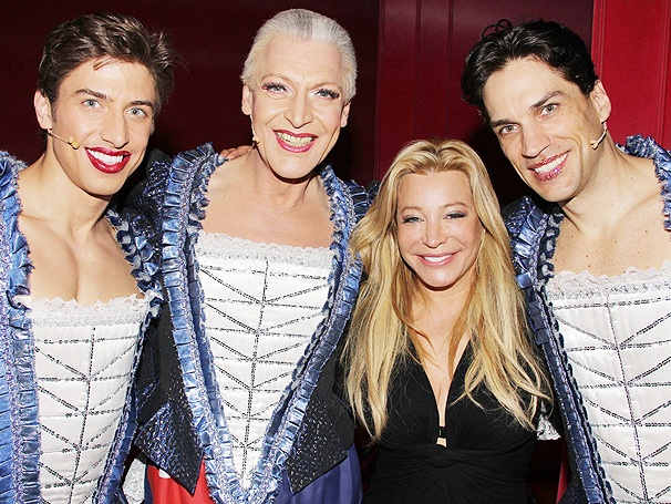 Taylor Dayne Joins the Dance Party at Priscilla Queen of the Desert