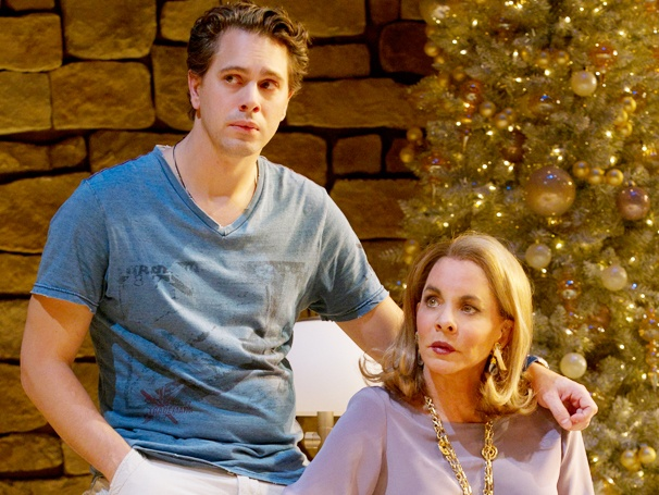 Thomas Sadoski Set to Return to Other Desert Cities