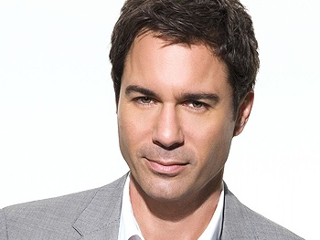 The Best Man Star Eric McCormack Is Taking Your Questions!