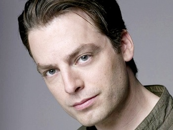 Weeds Star Justin Kirk Begins Run in Other Desert Cities