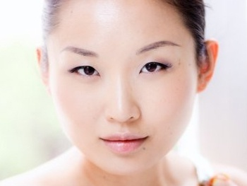 Li Jun Li, Matthew Dellapina and More Set For Vineyard Theatre's Outside People