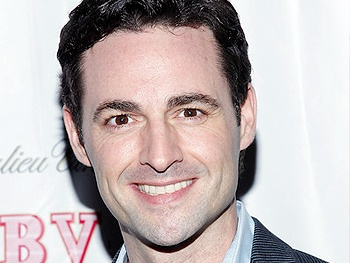 Max Von Essen & More Complete Cast of Evita, Starring Elena Roger & Ricky Martin