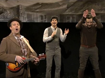 Jimmy Fallon Plays Joey! Watch Saturday Night Live Spoof War Horse