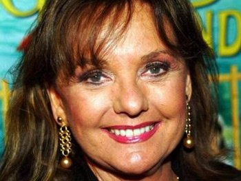 Dawn Wells and Robin Strasser Join February Cast of Love, Loss and What I Wore