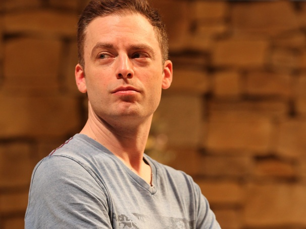 Justin Kirk on Weeds Cliffhangers and Learning to Roll a Joint in Other Desert Cities