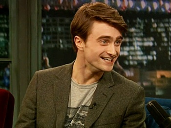 Daniel Radcliffe Reveals His Greatest Fear & Plays Cricket On Late Night With Jimmy Fallon