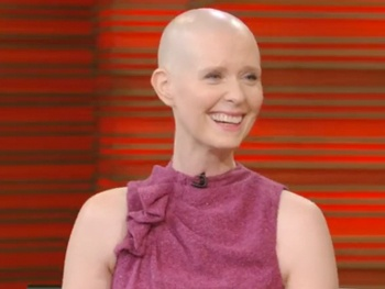 Wit's Cynthia Nixon Discusses the Joys of Her Daily Shave on Live! With Kelly