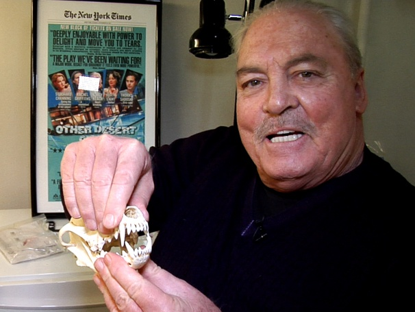 Stacy Keach Gets Shakespearean with Skulls and Scripts Backstage at Other Desert Cities