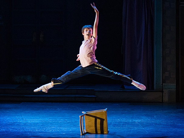 Tony-Winning Musical Billy Elliot Dances into Austin