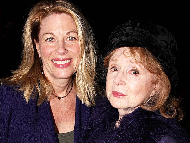She's Baack! Movie Mom Piper Laurie Takes In First Preview of Resurrected Carrie