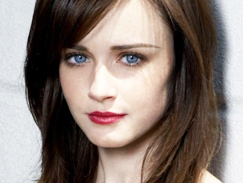 Alexis Bledel Joins Cast of Manhattan Theatre Clubs Regrets