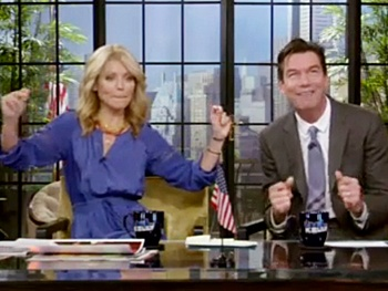 Check Out Seminar Star Jerry O'Connell as Co-Host of Live! With Kelly