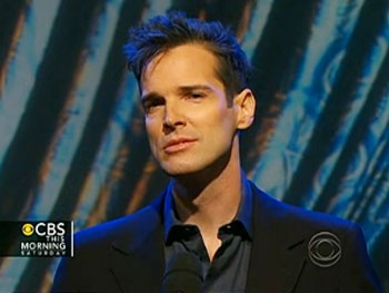 Watch Hugh Panaro Celebrate a Phantom of the Opera Milestone on CBS This Morning 