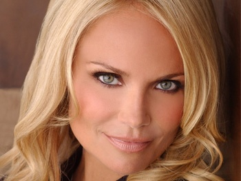 Kristin Chenoweth to Make First Post-Injury Appearance on Anderson Cooper's Talk Show