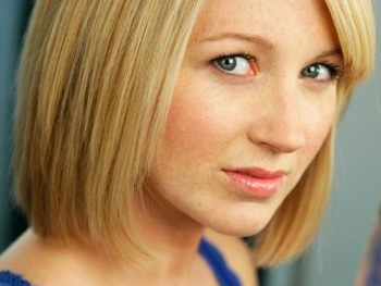 Sara Jean Ford Joins How to Succeed as Smitty; Rose Hemingway Takes Leave of Absence