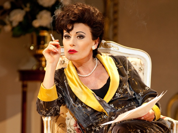 Take a First Look at Tracie Bennett as Judy Garland in Broadway's End of the Rainbow