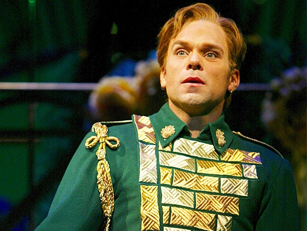Fiyero's Tight Pants Led to Norbert Leo Butz's Wicked Love Connection