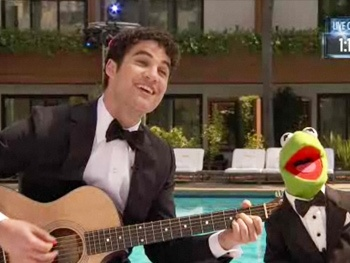 Watch Darren Criss Duet with Kermit the Frog on 'Rainbow Connection' at the Oscars