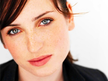 Zoe Lister-Jones Joins Jeff Goldblum and Justin Long in Seminar; Jerry O'Connell to Remain with Show