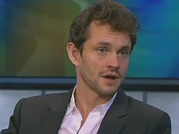 Watch Venus In Fur Star Hugh Dancy Dish About Wife Claire Danes on CBS News