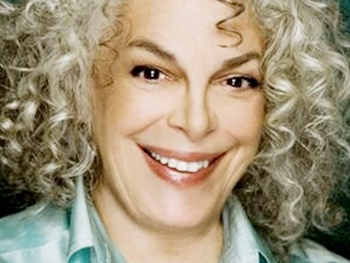 Marilyn Sokol, Lenny Wolpe & More Join Old Jews Telling Jokes Off-Broadway 