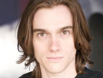 Justin Matthew Sargent to Lead Rock of Ages; Genson Blimline Officially Takes Over For Mitchell Jarvis