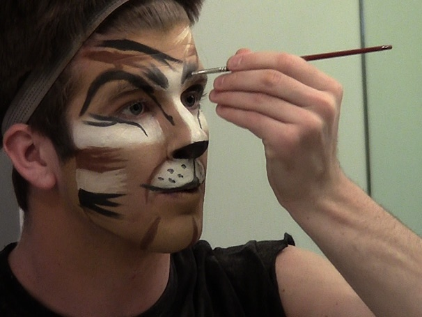 Backstage at Cats with Chris Stevens Episode 3: Becoming a Cat